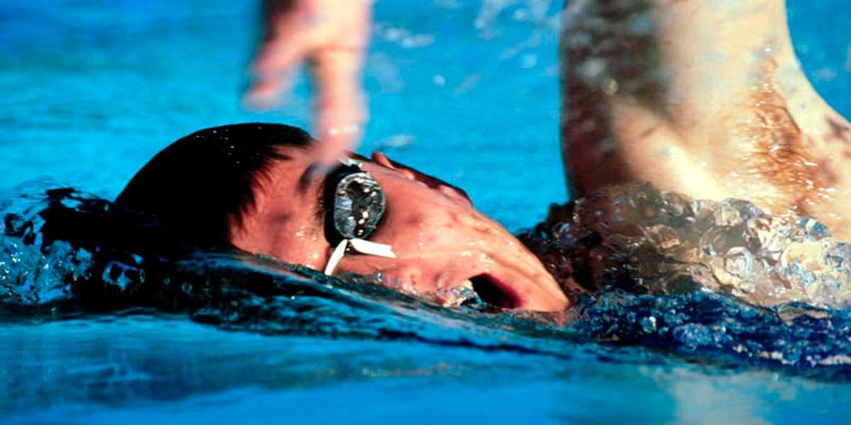 Practicar natacion en cuenca