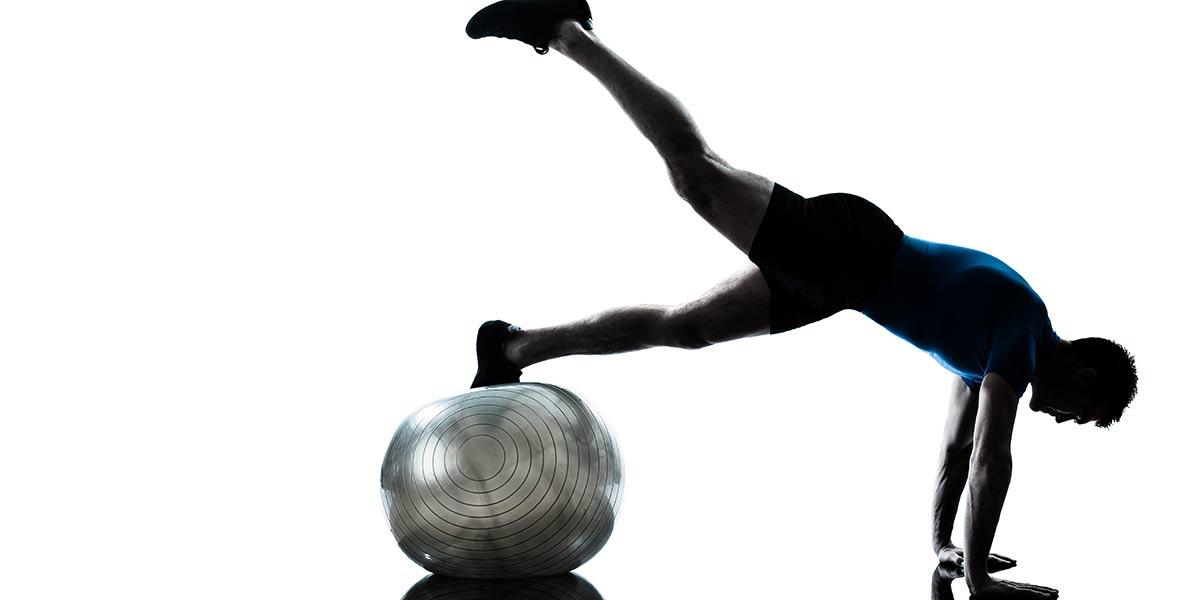 ejercicios-de-pilates-con-pelotas-pilates en cuenca