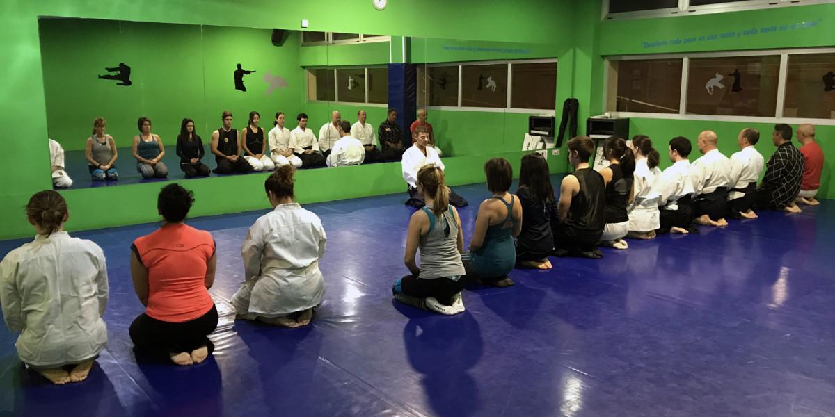 Imagen de un entrenamiento de Aikido en Termalia Sport